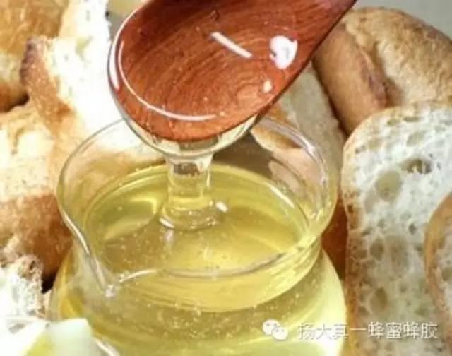 什么牌子的蜂蜜正宗 comvita蜂蜜价格 怎样喝蜂蜜 鸡蛋清蜂蜜面膜 蜂蜜姜茶
