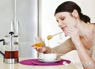 细数纯天然蜂蜜对女人特殊的好处?