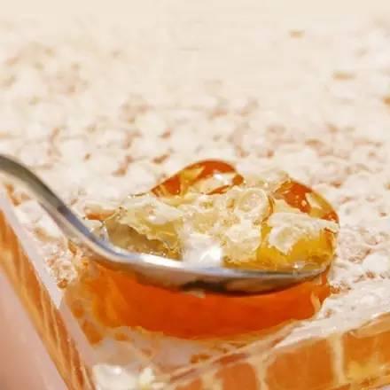 可以嚼着吃的蜂蜜,你吃过么