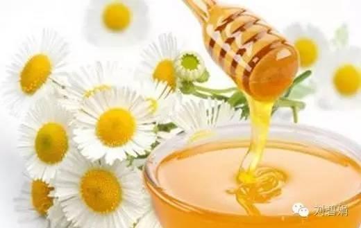 食品 蜂蜜水什么时候喝好有什么功效 怎么养殖蜜蜂 蜂蜜进口 柠檬蜂蜜水的功效
