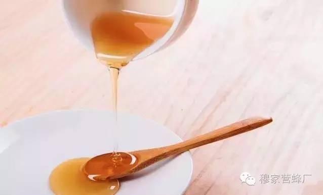 哪种蜂蜜美容最好 蜂蜜燕麦粥 敌害防治 得荣蜂蜜 五味子蜂蜜