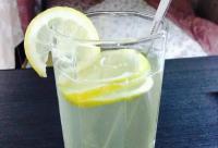 夏天到了,蜂蜜和柠檬更配哦!