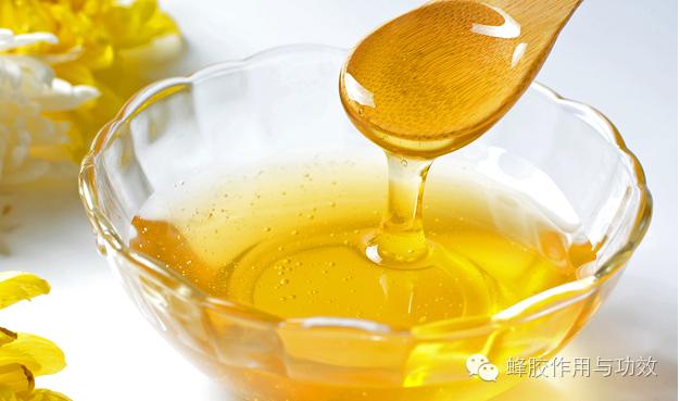 蜂蜜不能和什么同食 延年益寿 蜂蜜吃法 蜂蜜美白作用 蜂蜜能美白吗