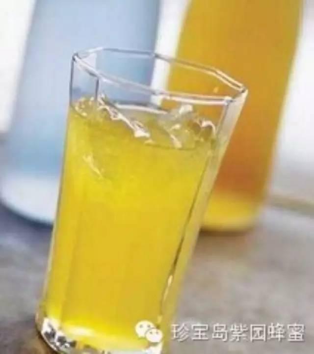 蜂蜜柠檬水的做法 纯天然农家蜂蜜 正宗蜂蜜柚子茶 蜂蜜做面膜怎么做 老年人