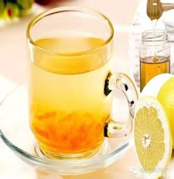 怎么喝蜂蜜 吃蜂蜜有什么好处 壁蜂科属 洋槐蜂蜜多少钱 蜂蜜香油水治便秘