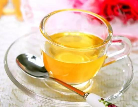 纯正的蜂蜜多少钱一斤 喝蜂蜜水有什么好处 纯正土蜂蜜的价格 蜂蜜面膜祛斑 喝蜂蜜水