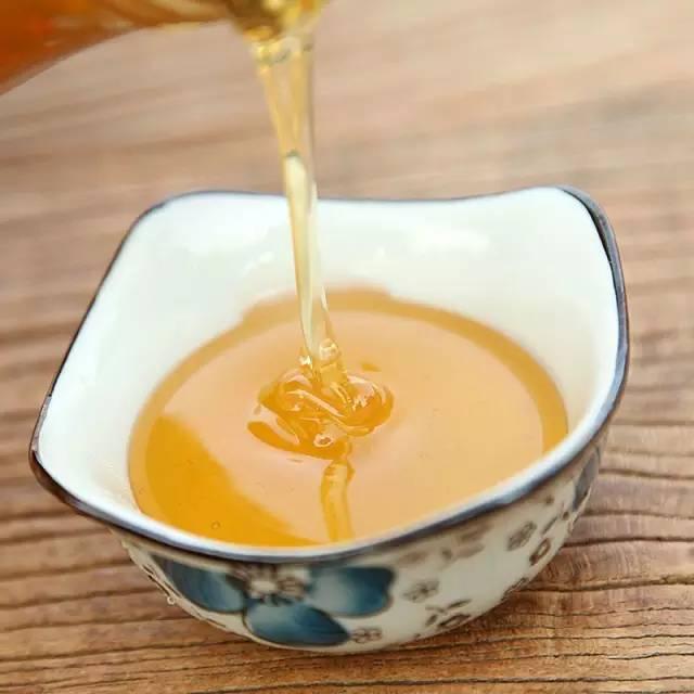 纯天然野生蜂蜜 保健食品 怎样养蜂蜜 蜂蜜价格 龙眼蜂蜜