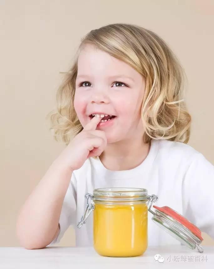 蜂蜜芦荟 怎样辨别蜂蜜的真假 柠檬水加蜂蜜 蜂蜜除皱 蜂蜜包装瓶