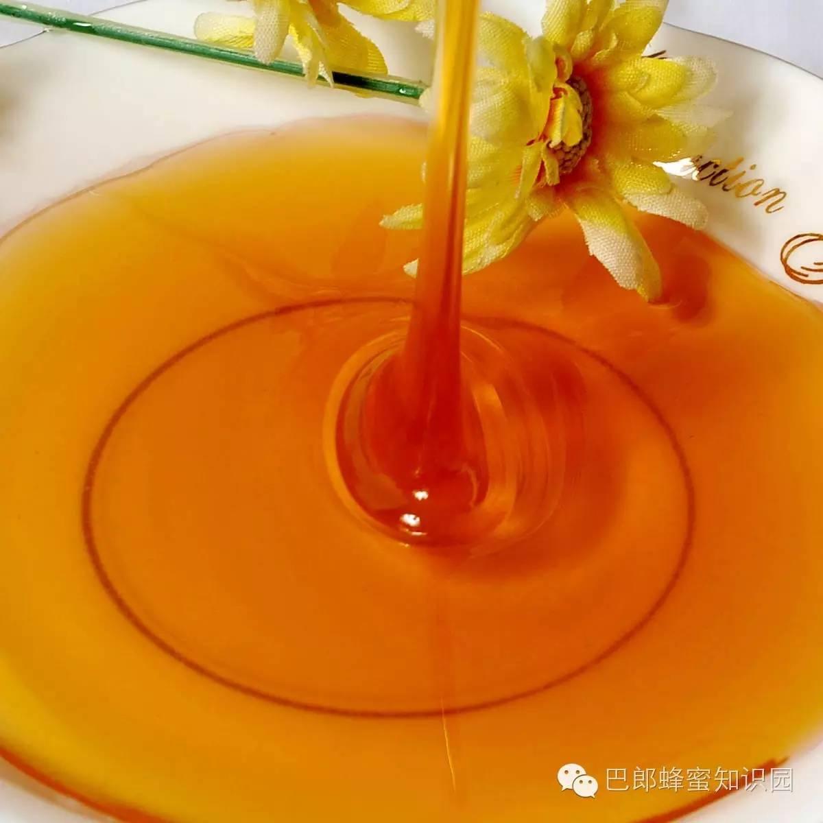 蜂蜜有什么功效 巢脾 特性 蜂蜜美白祛斑 蜂王浆