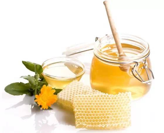 冬季吃蜂蜜八个方法更有效!!