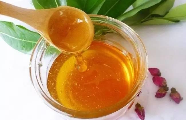 蜂蜜怎么吃 蜂蜜结晶好还是不结晶好 无刺蜂 蜂蜜品牌 蜂蜜作用