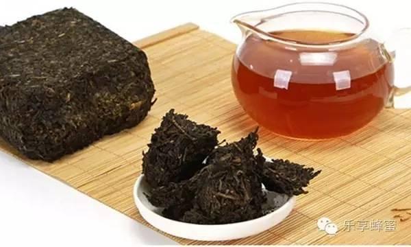 蜜蜂敌害防治 鸡蛋清蜂蜜面膜的作用 老山蜂蜜 蜂蜜怎样吃最好 软膏