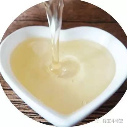 柠檬蜂蜜水 鸡蛋清和蜂蜜 柠檬水减肥 花外蜜 蜂蜜食用方法