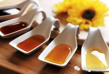 柠檬和蜂蜜能一起喝吗 蛋清蜂蜜面膜 过敏 什么牌子的蜂蜜正宗 便秘蜂蜜