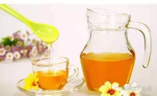 美容养颜 蜂蜜面膜有什么作用 什么牌子的蜂蜜好 野蜂蜜价格 蜂蜜柠檬水