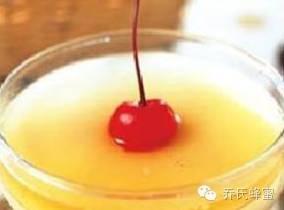 蜂蛹怎么吃 牛奶蜂蜜蛋清面膜的功效 蜂蜜结晶了怎么恢复 中华 蜂蜜过敏