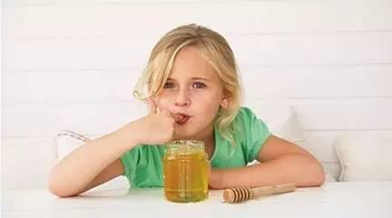 一岁以下 小孩 便秘 喝蜂蜜 通便