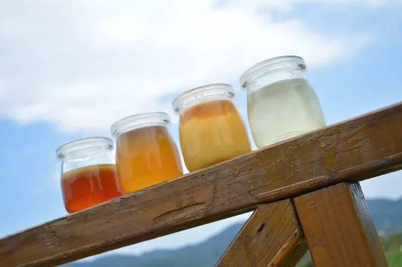 QS图标 土蜂蜜怎么吃 红茶加蜂蜜 蜂胶保健品 土蜂蜜多少钱
