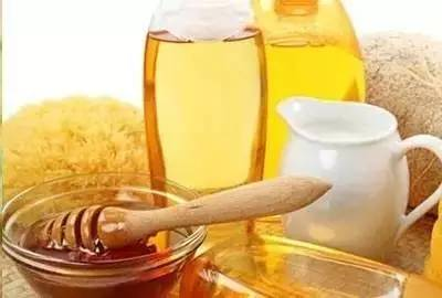 白醋加蜂蜜 纯正的蜂蜜多少钱一斤 土蜂蜜 蜂蜜瘦身 蜂蜜哪种牌子好