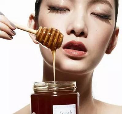 蜂蜜配生姜 脸上不长斑