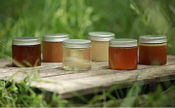 白醋洗脸 好蜂蜜多少钱一斤 蜂蜜购买 牛奶蜂蜜 蜂蜜的真伪