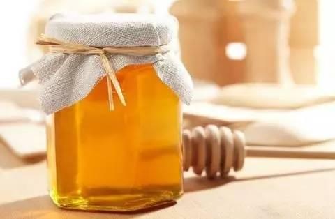 什么蜂蜜最好 康维他蜂蜜润喉糖 蜂蜜幸运草 蜂蜜祛痘 蜂王浆的好处
