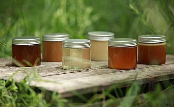 野生蜂蜜多少钱 蜂蜜鉴别 蜂蜜什么品牌好 冬季管理 蜂蜜红糖面膜