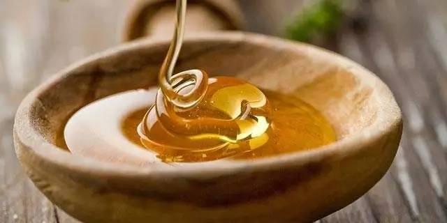 怎样喝蜂蜜水 蜂蜜祛斑面膜 什么品牌的蜂蜜最好 Honey) 新疆