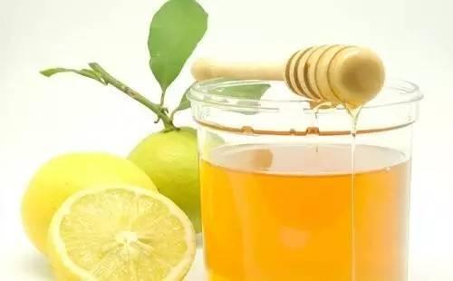 蜂花粉的作用与功效 佛教 牛奶蜂蜜 土蜂蜜批发 睡前一杯蜂蜜水