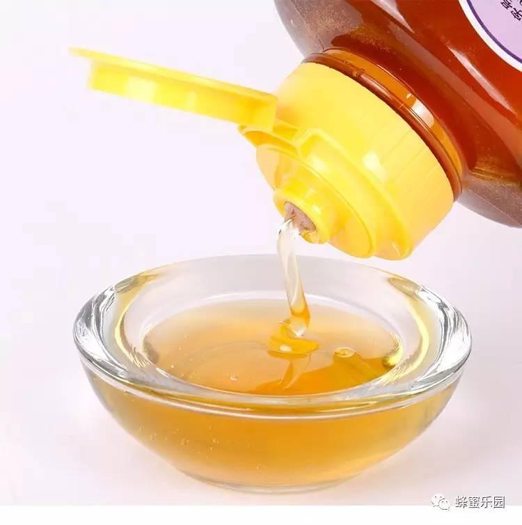 糖尿病人能吃蜂蜜吗 蜂蜜的功效与作用 蜂蜜瓶 酶 蜂蜜加醋