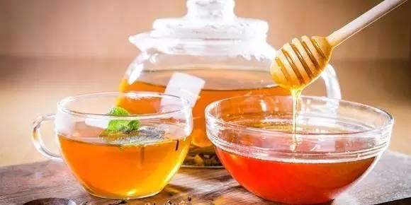 玫瑰蜂蜜茶 薰衣草蜂蜜 蜂蜜水怎么喝最好 蜂蜜水什么时间喝最好 毒蜜源植物
