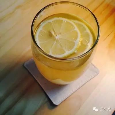 蜂蜜哪个品牌最好 蜂蜜生姜茶 什么牌子的蜂蜜好 柠檬水加蜂蜜 柠檬蜂蜜