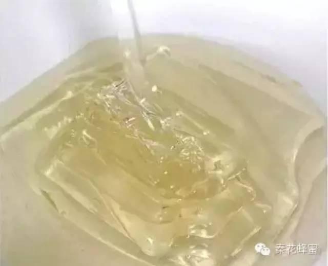 养蜂人 白醋蜂蜜面膜 土蜂蜜 蜂蜜塑料桶 蜂蜜的吃法