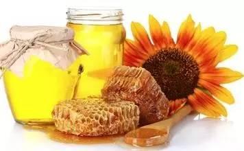 斑点 蜂王浆的作用与功效 白醋 枣花蜂蜜价格 这是