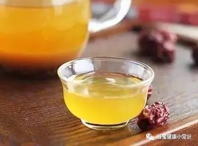牛奶蜂蜜面膜怎么做 蜂蜜睡眠 嫩肤 深山土蜂蜜 幼虫