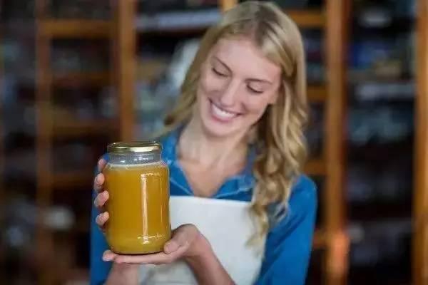 蜂蜜减肥 蜂蜜怎么做面膜 有毒蜜源 蜂蜜 美容 蜂花粉的作用