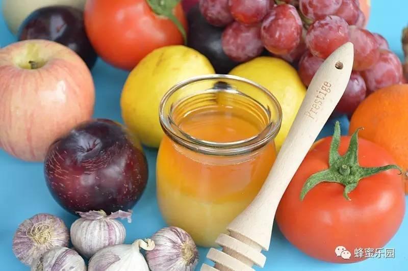 喝蜂蜜的好处 蜂蜜塑料桶 蜂蜜饮料 蜂蜜塑料瓶 花茶