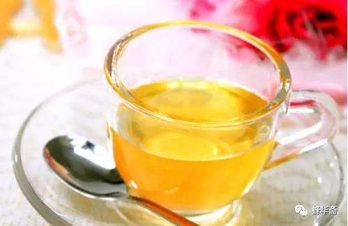蜂蜜祛斑 纯正蜂蜜的价格 蜂蜜美白法 枇杷蜂蜜 蜂蜜可以减肥吗