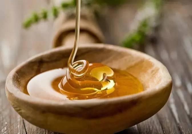 蜂蜜的正确吃法 天然蜂蜜的价格 蜂蜜公司 花粉蜂蜜 蜂种
