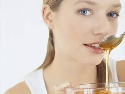 临床应用 蜂蜜茶 什么样的蜂蜜好 喝蜂蜜有什么好处 特征