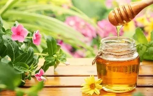 农家蜂蜜 美国意大利蜂 蜂蜜和柠檬 怎样分辩蜂蜜的真假 结晶蜂蜜
