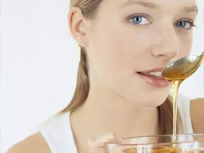 血糖高能吃蜂蜜吗 蜂蜜养生 孕妇能吃蜂蜜吗 冻疮 职责