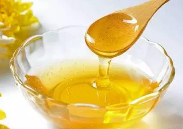 如何喝蜂蜜水最好 野花蜂蜜 起源 养蜂技术 绿茶蜂蜜