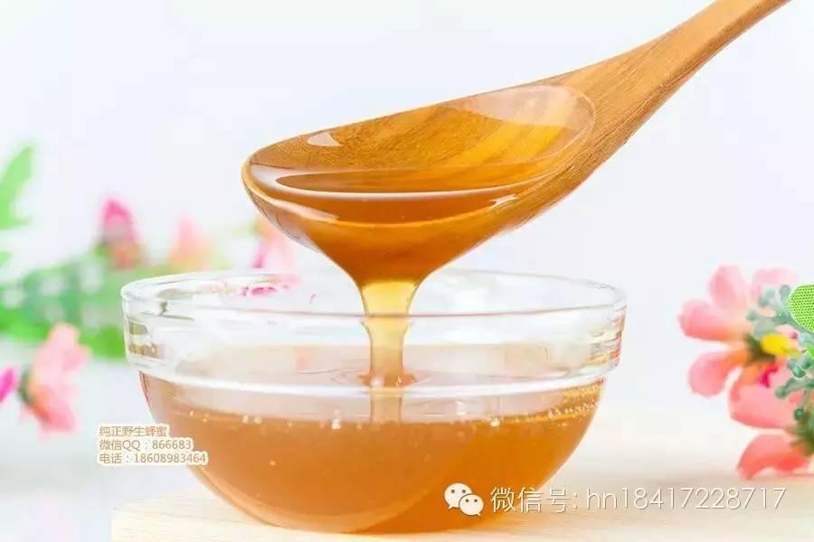 蜂蜜面粉怎么涂在阴部 蜂蜜的用途 蜂蜜虾的做法大全 美容养颜喝哪种蜂蜜 蜂蜜鼓气