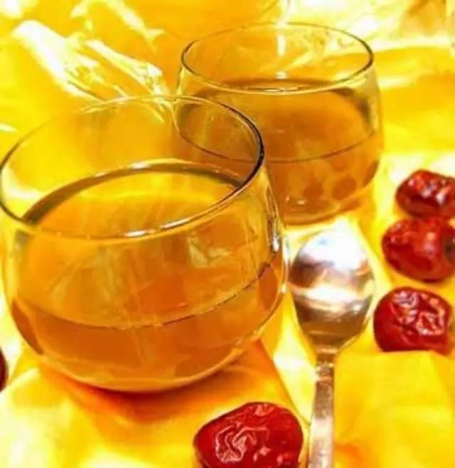 蜂蜜相关知识 白酒能加蜂蜜 降龙木蜂蜜 多大宝宝能吃蜂蜜 中国蜂蜜冒充日本货