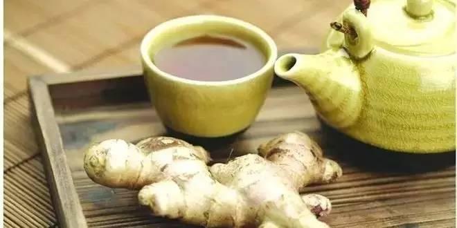 阵痛喝蜂蜜水有用吗 灵芝蜂蜜泡酒的功效 三七粉和蜂蜜 喝完蜂蜜水刷牙 泰国蜂蜜都是真的吗