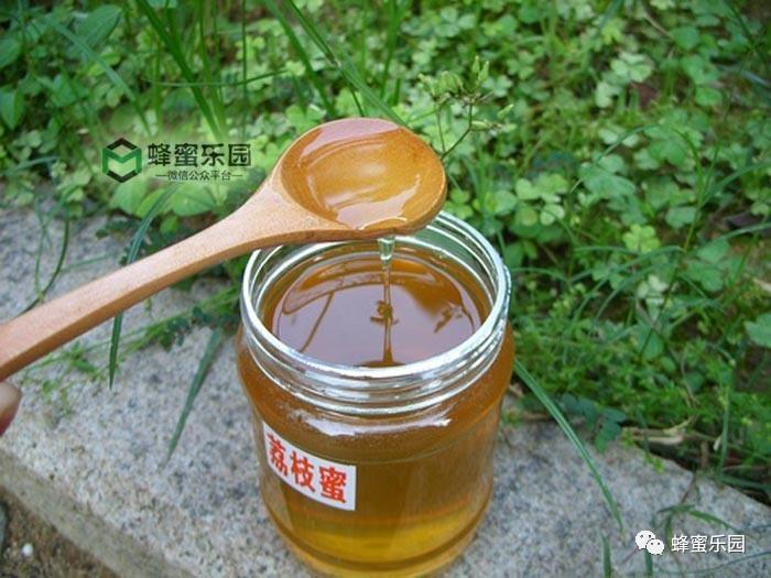 蜂蜜水一次放多少蜂蜜 蜂蜜苦菊 孕妇能吃蜂蜜吗 蜂蜜大麻花 木瓜蜂蜜的做法
