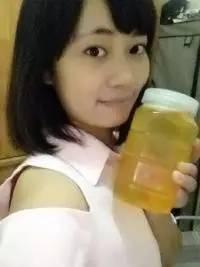 蜂蜜加绿茶变黑 熬梨水可以放蜂蜜吗 蜂蜜祛斑 抹茶加蜂蜜 蜂蜜偏寒