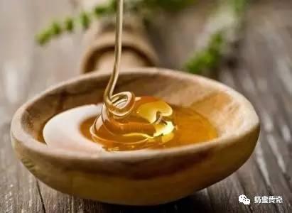加盟蜂蜜店 蜂蜜生姜水的神奇疗效 蜜爱蜜的蜂蜜是真的吗 云南白药和蜂蜜 蜂蜜花梨茶的功效