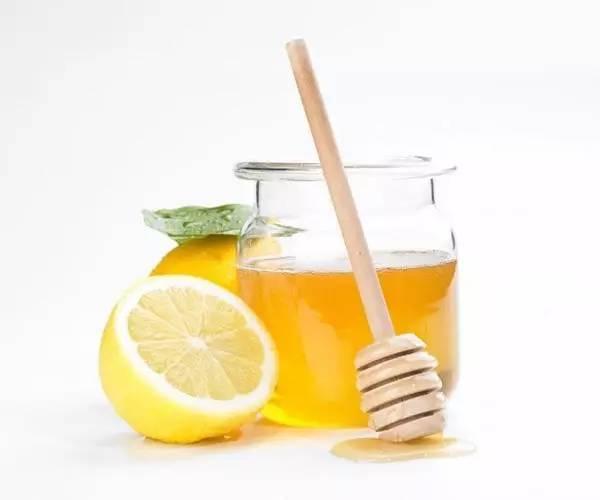 蜂蜜戚风蛋糕的做法 不同蜂蜜的功效 慈溪蜂蜜瓶 蜂蜜是雌激素吗 酸奶加蜂蜜可以喝吗